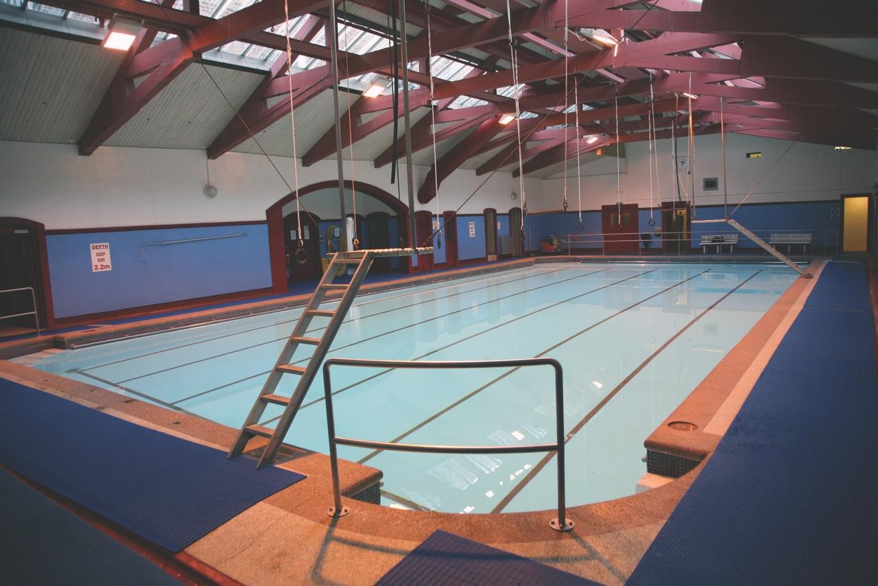 Great Swimming Pool in Bath 1280 x 854 · 273 kB · jpeg